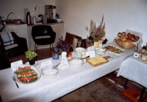 Der gedeckte Tisch – Kunsthandwerk aus fairem Handel – Bilder