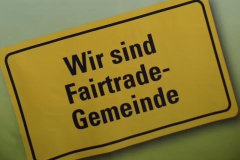 """Petershausen darf für weitere zwei Jahre den Titel """"Fairtrade Gemeinde Petershausen"""" tragen"""