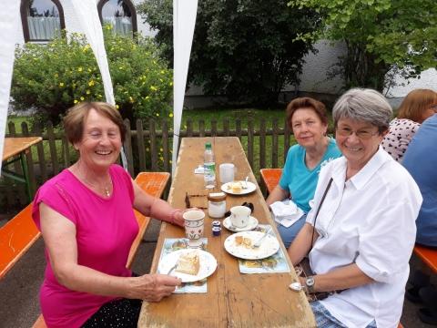 Beim Ziegelberger Dorffest wurde Petershausener Kaffee ausgeschenkt