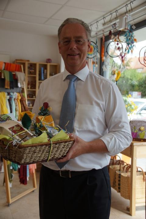 Bürgermeister Marcel Fath – Gratulant und Botschafter für den Fairen Handel