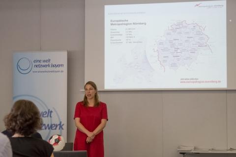 """14. Runder Tisch """"Kommunen und Eine Welt – Nachhaltigkeit in der öffentlichen Beschaffung"""" und Bayerisches Fairtrade -Town – Vernetzungstreffen in Augsburg"""