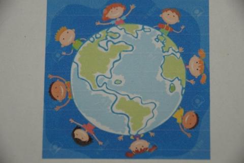 """Kindergarten der Aktiven Schule Petershausen geht erste Schritte auf dem Weg zur """"Eine Welt Kita: fair und global"""""""