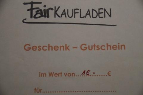 Gemeinde Petershausen beschenkt Jubilare mit Geschenk-Gutscheinen aus dem Fairkaufladen